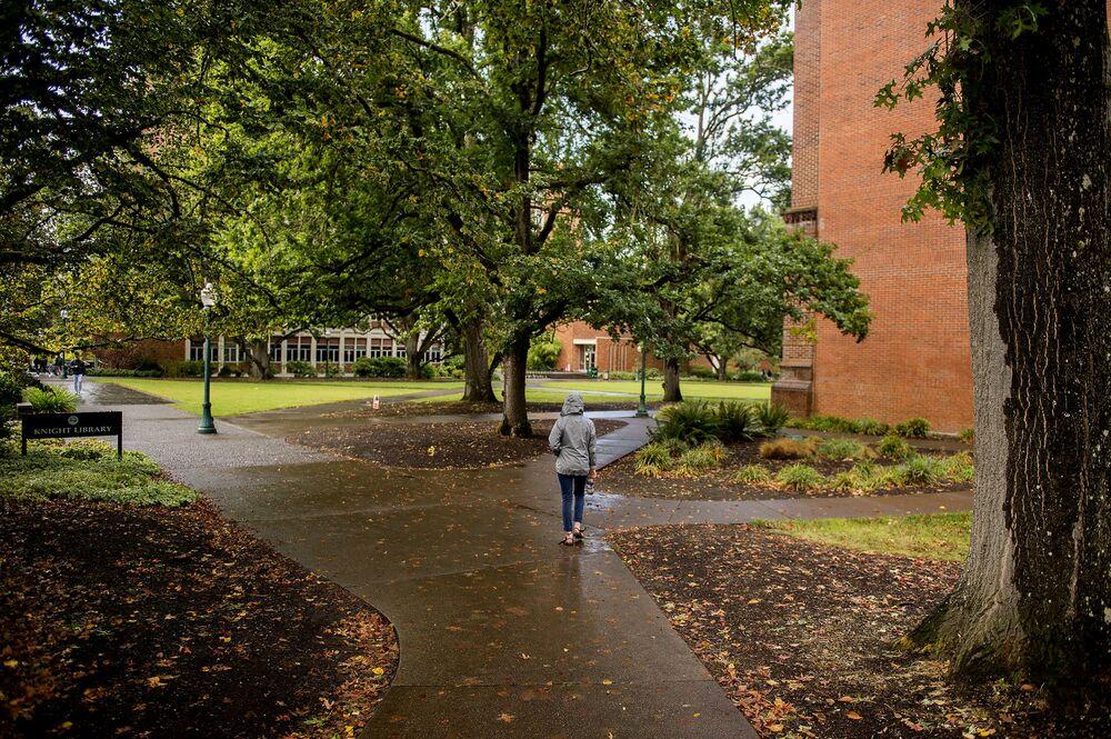 Debate: Close Some U.S. Colleges, or Build More?
