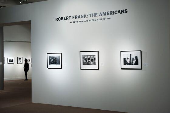 Robert Frank, Trailblazing Photographer of American Life, Dies