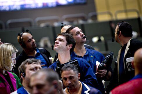 U.S. 2-Year $35 Billion Auction Attracts Fewest Bids Since 2011