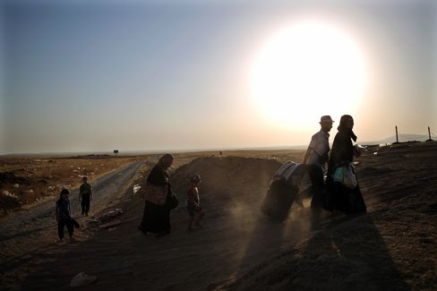 Iraqis Flee Their Homes