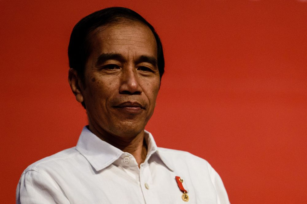 On Dirt Bike in Indonesia Jungle, Jokowi Reboots Presidency