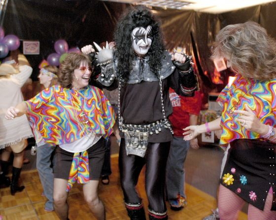 Southwest, American Air Drop Famed Halloween Parties on Virus