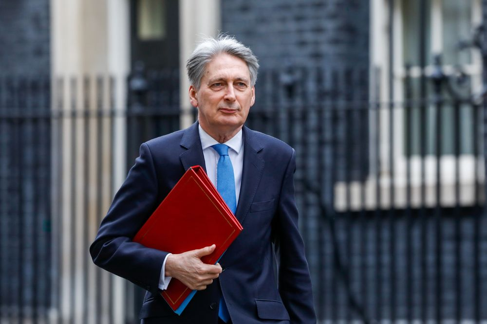 Next U.K. Premier Might Need to Go Back to People, Hammond Says