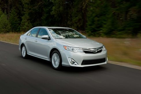Toyota Gave Old Robots New Tools to Trim U.S. Camry Price