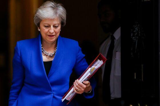 U.K. Cabinetat War Over Theresa May's Brexit Plan