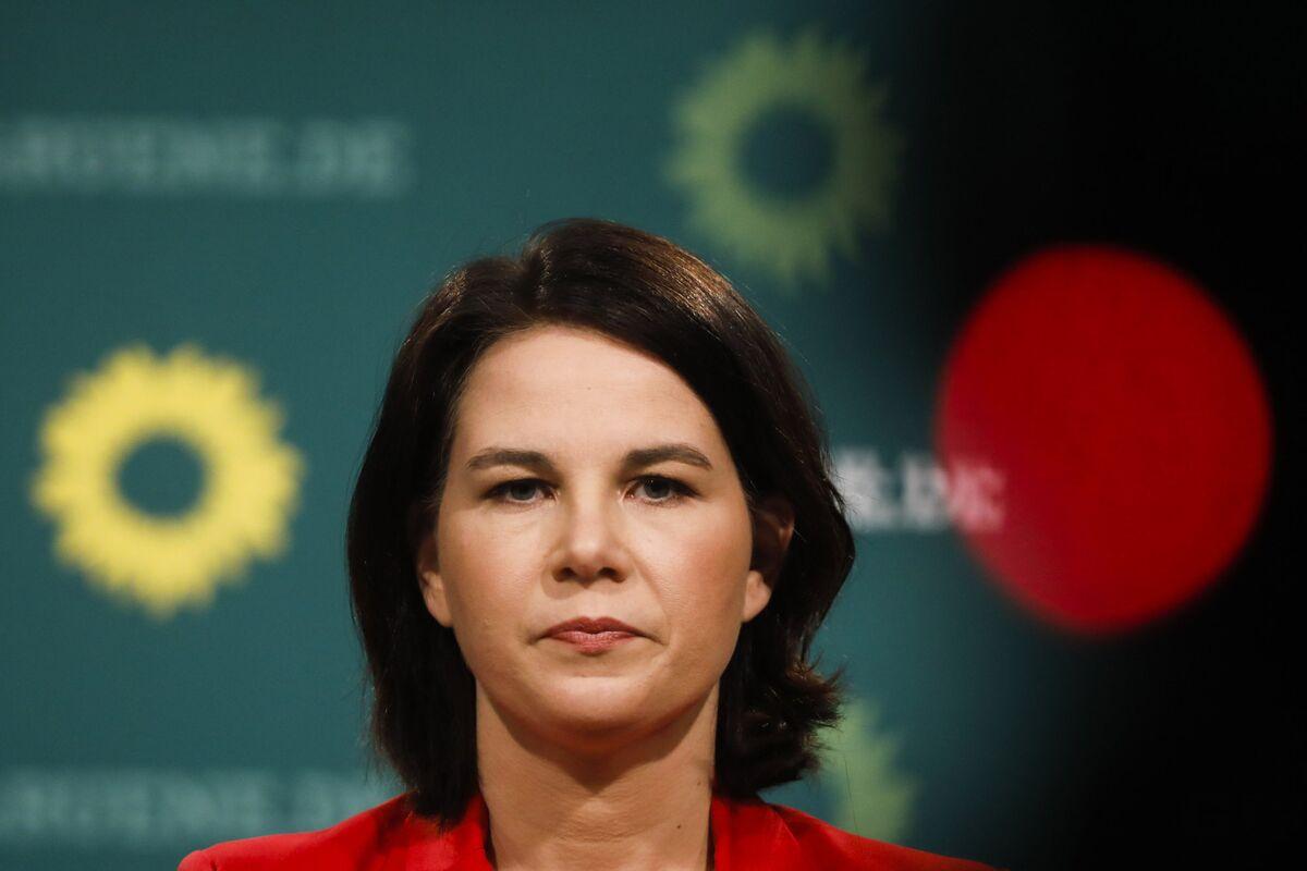bloomberg.com - Iain Rogers - German Greens Narrow Gap to Merkel's Bloc in Latest Insa Poll