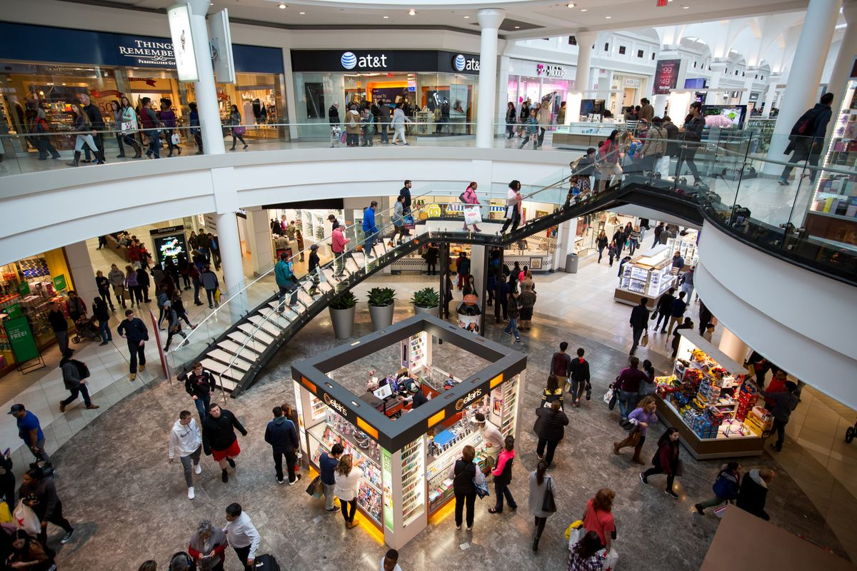 landlords are practically giving malls away bloomberg