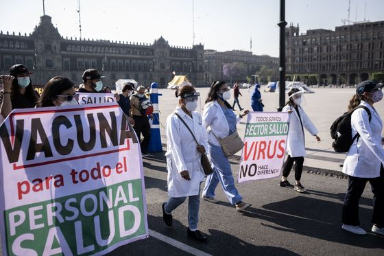 Mexican Health Workers Say AMLO Is Denying Them Covid Vaccines