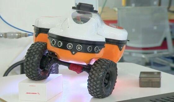 A Drone ArmyIs Rising Against Ocean Plastics