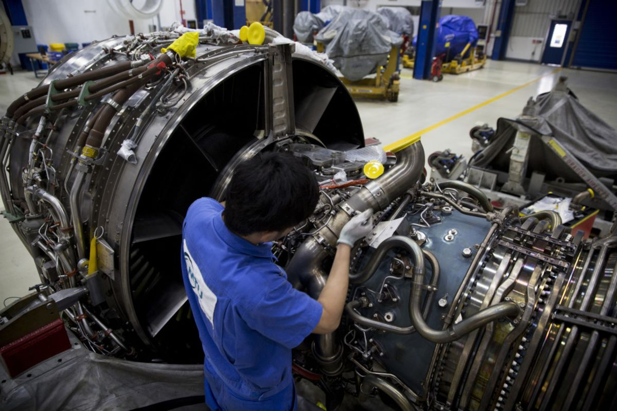 MTU Aero Said to Consider Bid for Rolls-Royce's Spanish Unit ITP
