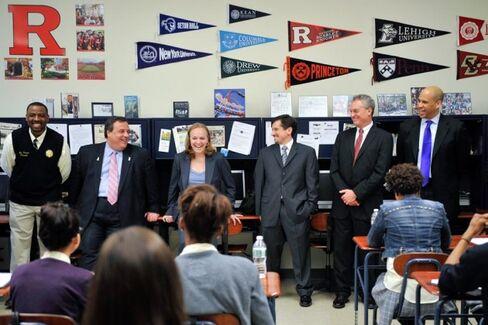 Why Aren't Christie, Zuckerberg, and Booker Defending Newark's School Chief?