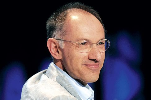 Charlie Rose Talks to Sequoia Capital's Michael Moritz