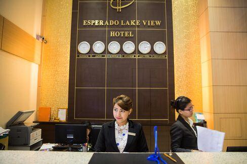 エスペラード・レークビュー・ホテルのレセプション
