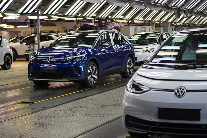 Imagen de un coche azul