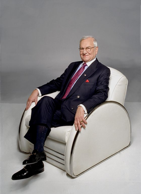 Lee Iacocca, Star CEO Who Led Ford, Saved Chrysler, Has Died
