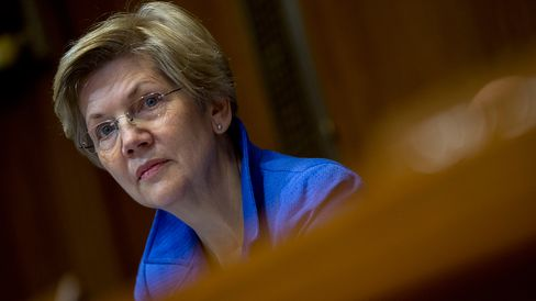Senator Elizabeth Warren, a Democrat from Massachusetts, attends a Senate Energy and Natural Resources Committee business meeting to markup an original bill to approve the Keystone XL pipeline in Washington, D.C., U.S., on Thursday, Jan. 8, 2015.