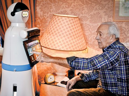 By 2020, Robosoft plans to produce annually 10,000 Kompaï robots, designed to assist seniors at home.