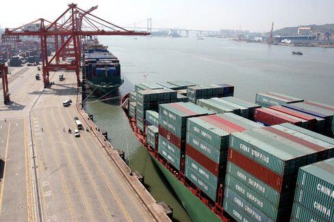 China's Big Trade Deficit May Kill Yuan Appreciation