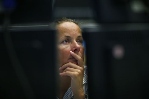 Stocks, Euro Slide on Greece Disagreement as Metals, Oil Decline