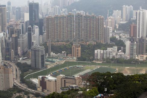 China's Hong Kong Home-Buying Influx Wanes, Midland Says