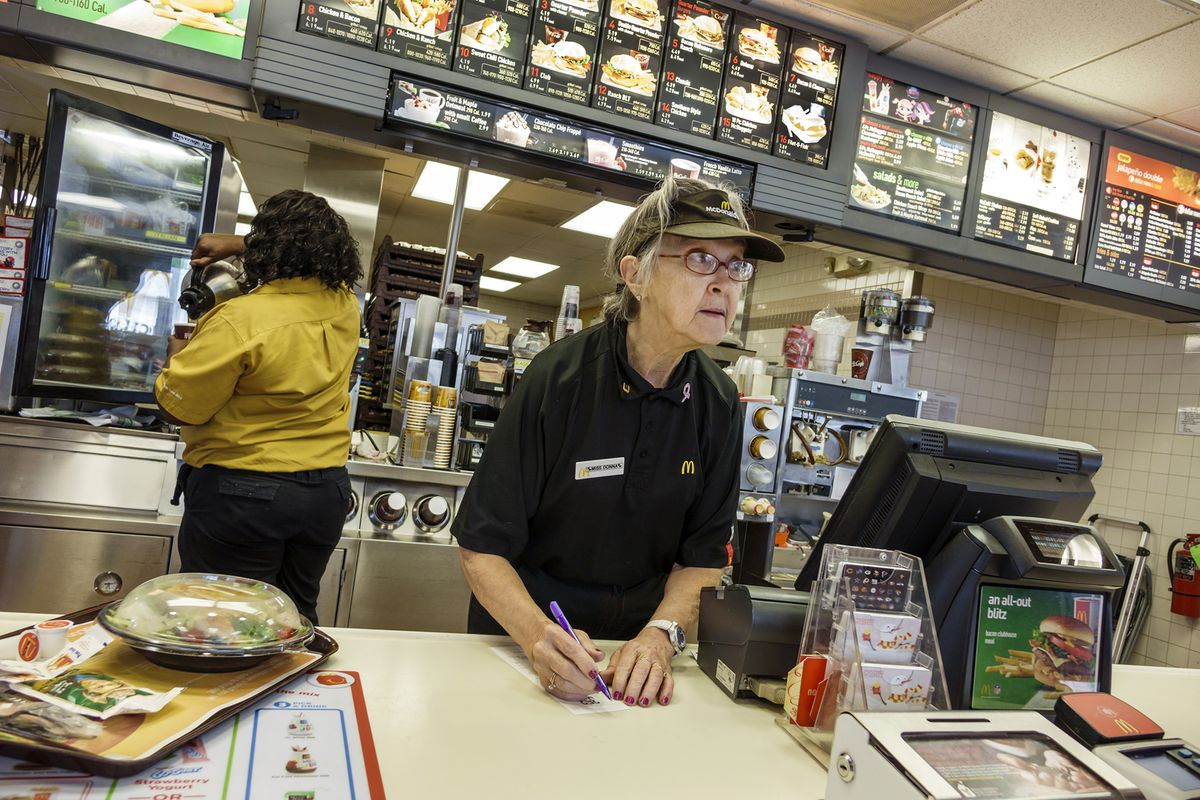 Senior Citizen Jobs at Fast Food Restaurants Replacing