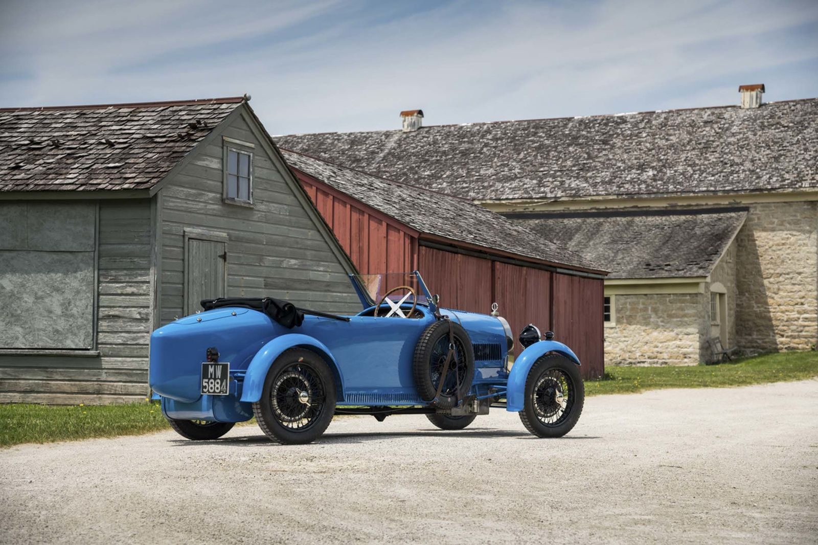 <p> <strong> <span> 1928 Bugatti Type 40 Grand Sport: </ span> </ strong> </ p>