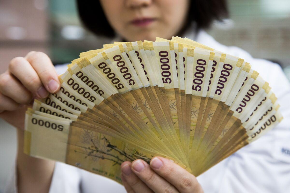 Korean Stocks Plunge After Trump-Kim Summit Collapses