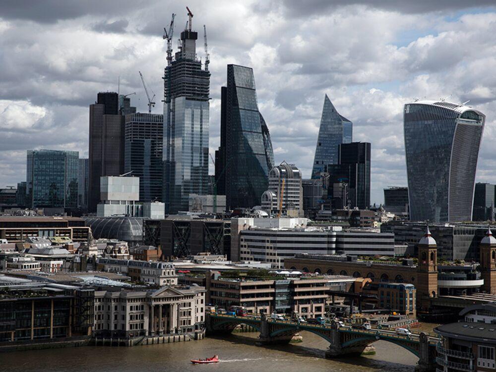 EU Derivative Traders Get U.K. Clearing Access in No-Deal Brexit