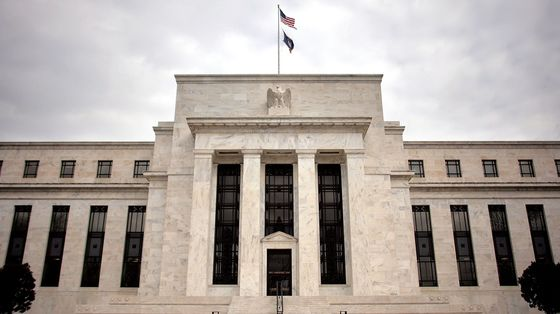 Fed Officials See Strong U.S. Rebound, Fanning Talk of Taper