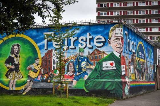 U.K.'s Divided City Seeks to Escapea Past Inflamedby Brexit