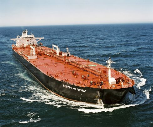 Tankers Poised for Worst Year in Decade on U.S. Crude