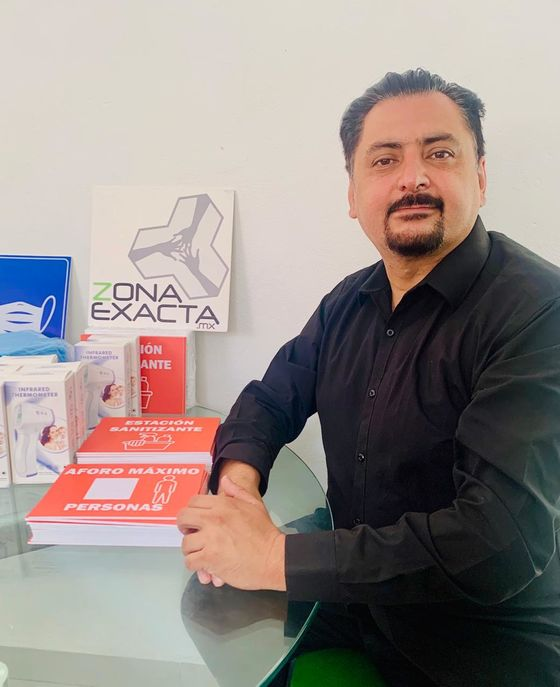 'Covidpreneurs' Hawk Body Bags Amid Mexico Shortages
