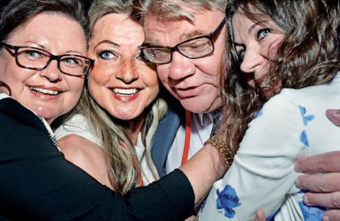 The Finns leader Soini with lawmakers (left to right) Anne Louhelainen, Ritva Elomaa, and Arja Juvonen.