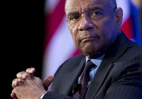 American Express CEO Kenneth Chenault Speaks At The Economic Club of Washington