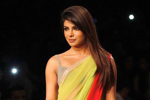 A Hail Mary to Mumbai: NFL Goes Bollywood