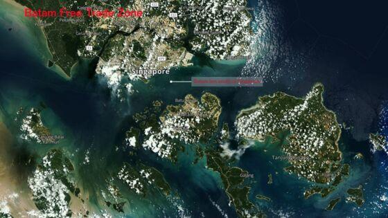 Singapore Has a Shipping Rival Less Than 30 KilometersAway