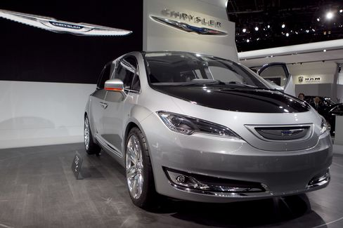 Chrysler Minivan No. 1 for 29 Years Lets Marchionne Profit