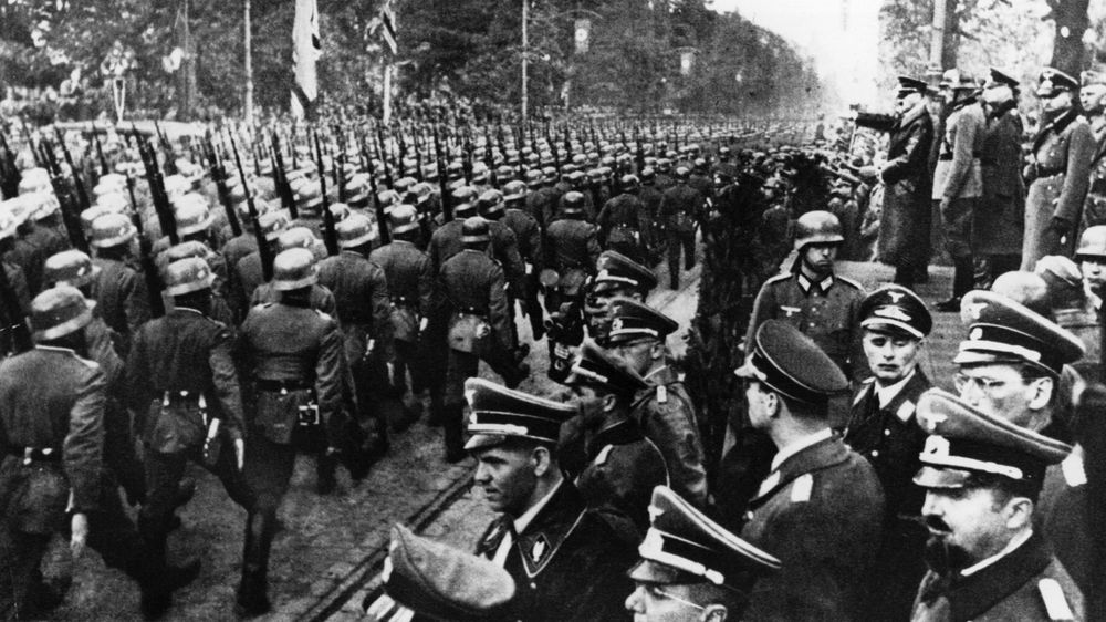 Poland Eyes Demanding WWII Reparations From Germany - Bloomberg