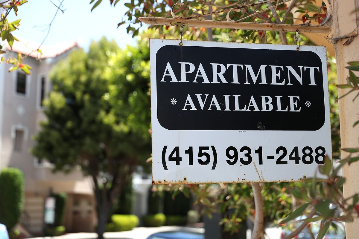 Renters Struggle to Pay for Housing in U S  Cities - Bloomberg