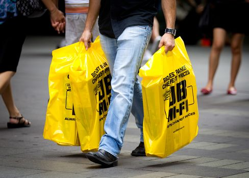JB Hi-Fi Jumps as Profit Forecast Beats Estimates