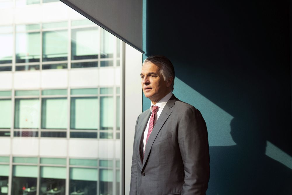 UBS CEO Says Protecting Dividend Is Priority Following Fine - Bloomberg