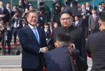 韓国の文在寅大統領と北朝鮮の金正恩朝鮮労働党委員長