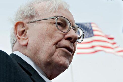 Why Warren Buffett Won't Get More Women on Boards