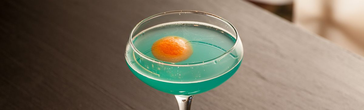 Blue Cocktails Are Coming Back, and They Are Delicious