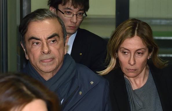 ゴーン被告はフランスで裁判を、妻キャロルさんがインタビューで訴え - Bloomberg