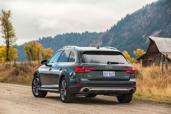 Audi A Allroad Quattro Station Wagon Review Bloomberg - Audi station wagon