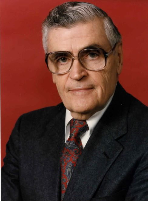 Frank Pizzitola, One of Lazard's 'Industrial Men,' Dies at 89
