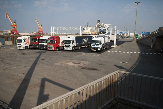 Vital U.K. Supply Lines at Risk From Virus Squeeze on Ferries