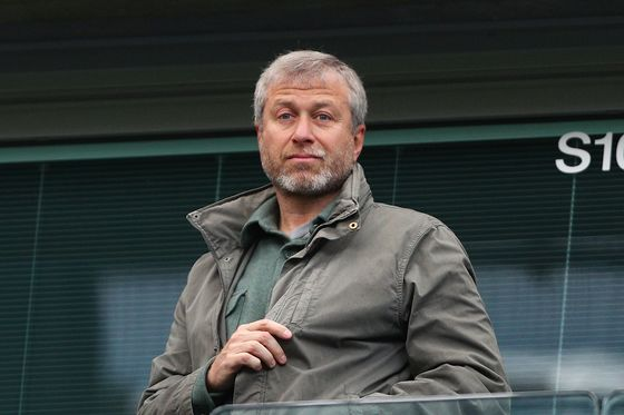 Abramovich Said to Face Delay in Getting U.K. Visa Renewal