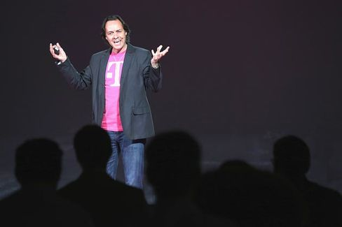 T-Mobile Gets Rid of International Roaming Fees, Shaming Competitors